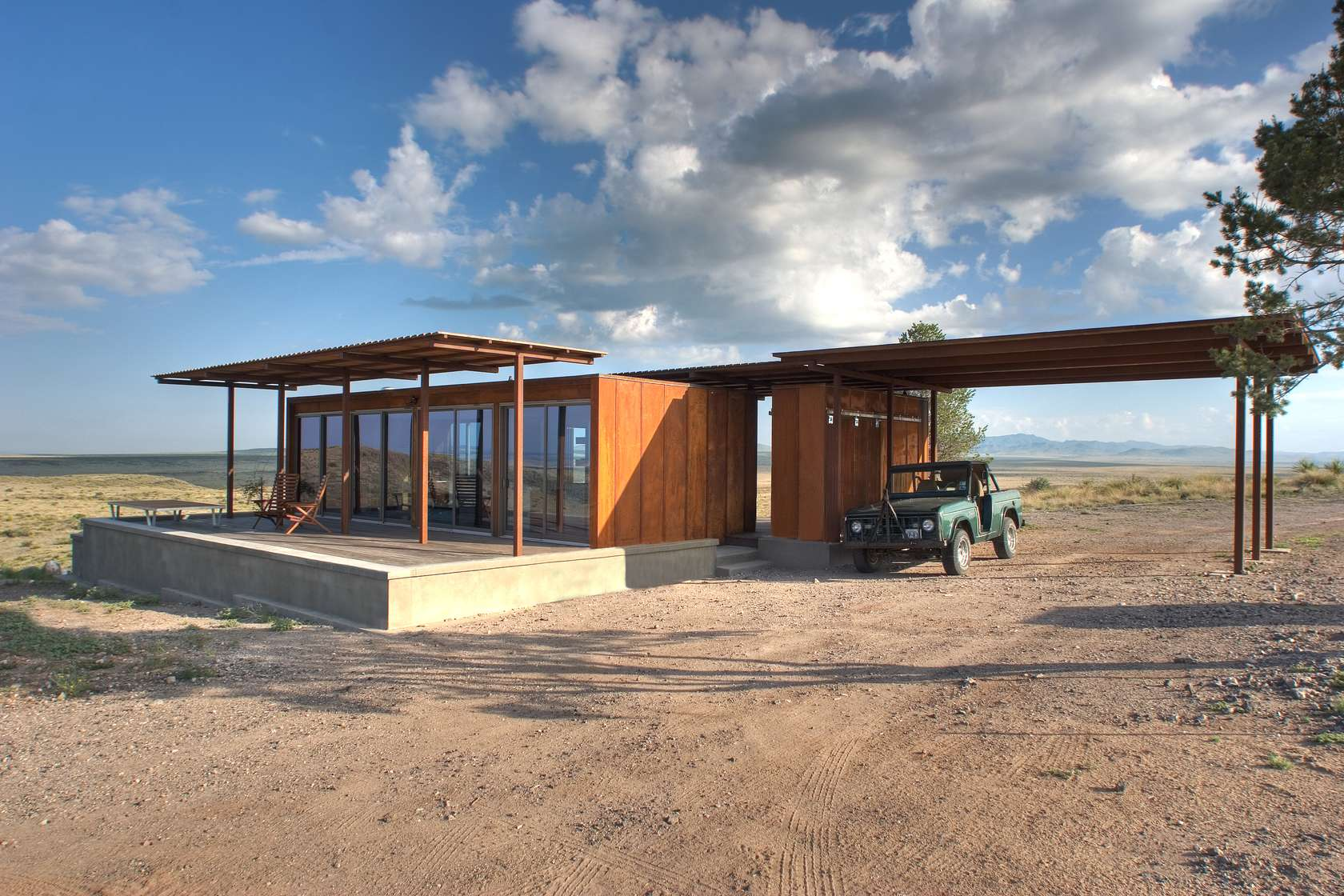 Marfa texas surprises us again adventure journal for Small house design texas